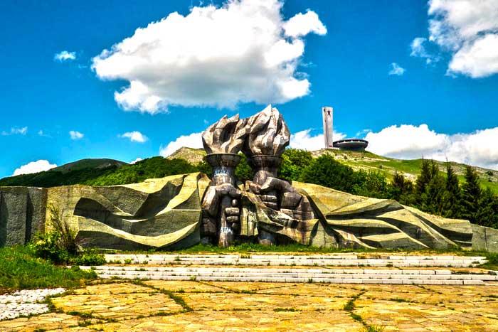 Communist Bulgaria Tour – Get an idea of the Communist Regime in Bulgaria